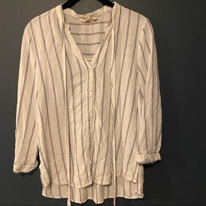 🍭 Light & Airy Striped Layering top w/ front tie